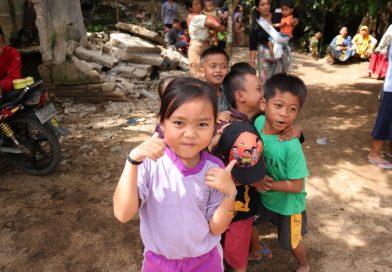 Kegiatan Para Relawan di Lombok